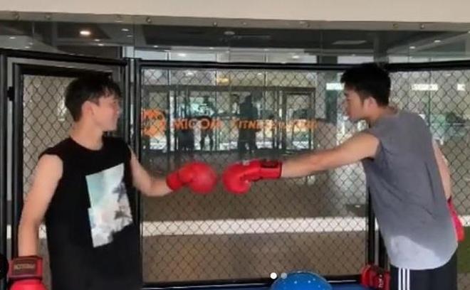 Xuan Truong khien Minh Vuong bo chay khoi san boxing hinh anh