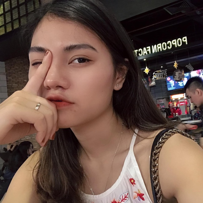 Nhan sac nhan vien y te cung Doan the thao Viet Nam du SEA Games 30 hinh anh 14