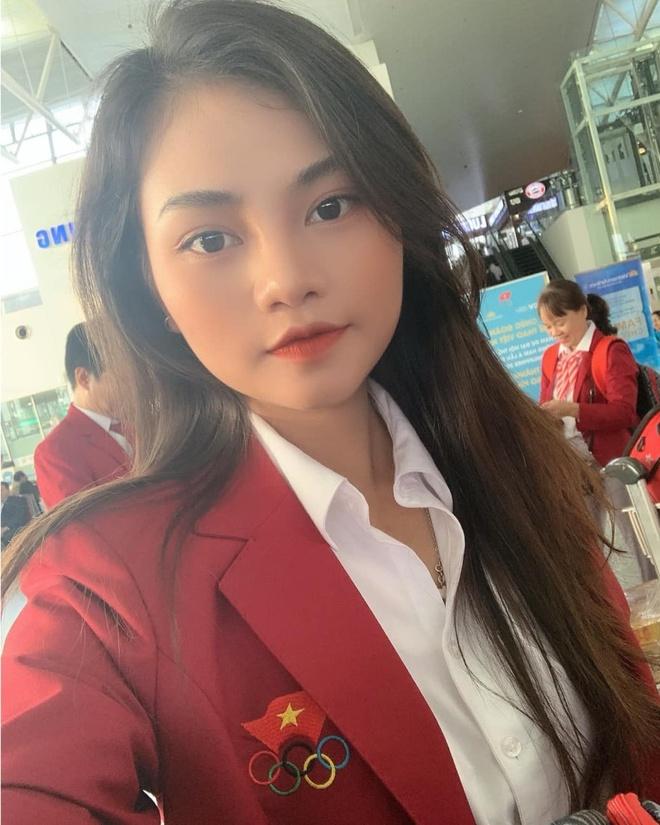 Nhan sac nhan vien y te cung Doan the thao Viet Nam du SEA Games 30 hinh anh 3