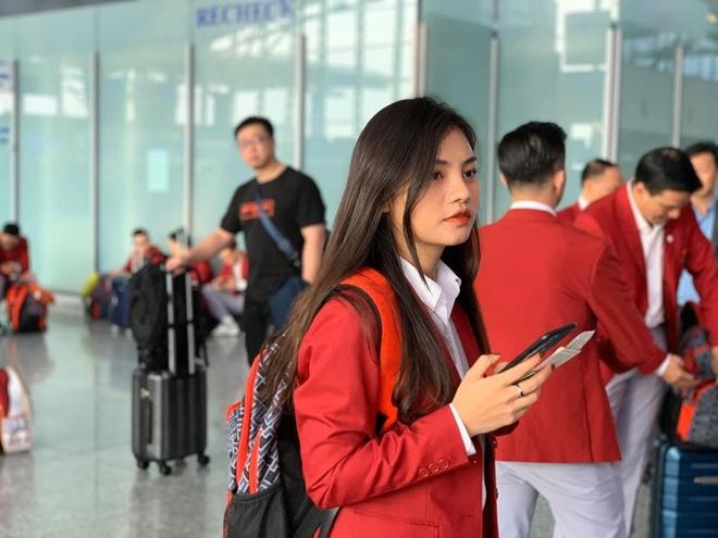 Nhan sac nhan vien y te cung Doan the thao Viet Nam du SEA Games 30 hinh anh 2