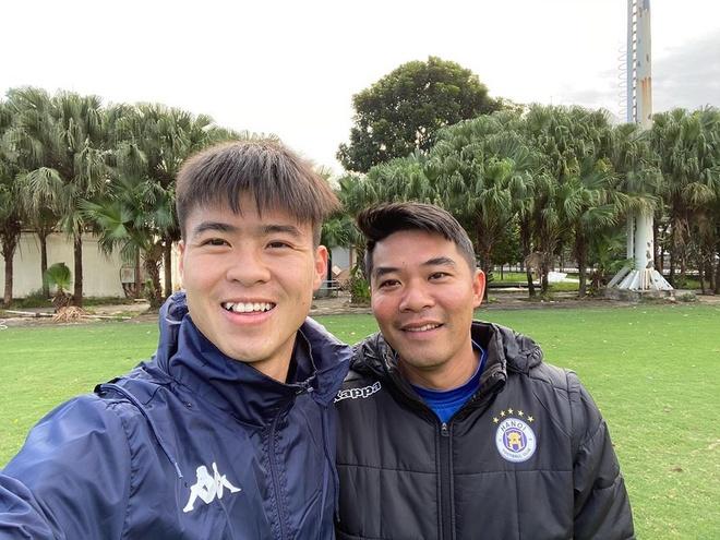 Tien Linh di le chua, Bui Tien Dung tham suoi ca than mung 2 Tet hinh anh 1 80792453_1091926797807389_5670358168280056458_n.jpg
