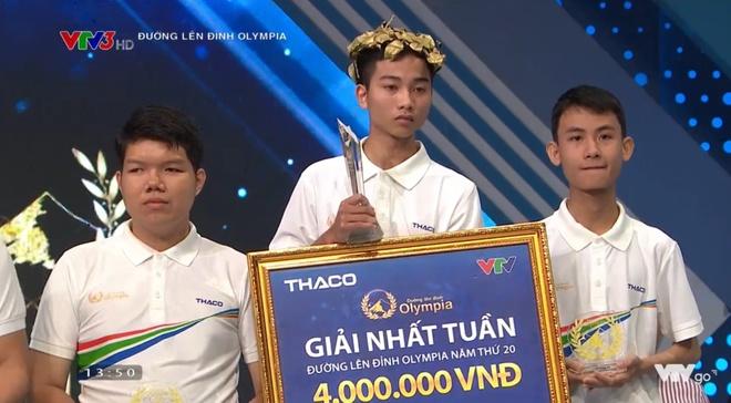 Văn Nam có trận thắng áp đảo ở cuộc thi tuần này. Ảnh cắt từ clip.