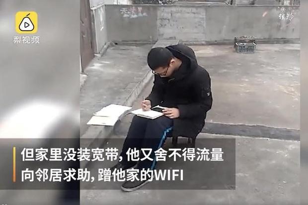 Len san thuong ke Wi-Fi hang xom de hoc bai giua dich cum corona hinh anh 2 photo_1_1581224064183514432840.jpg