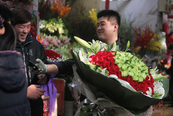 Valentine ky la o Trung Quoc vi dich corona hinh anh 3 eca86bd9e2fb12867ee901.jpg