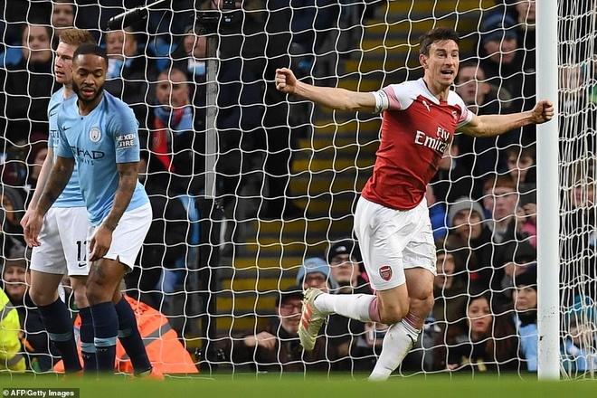 HLV Pep Guardiola: 'Toi thich dung o vi tri cua Liverpool hon' hinh anh 2