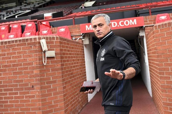 Jose Mourinho chấp nhận án tù 12 tháng vì tội trốn thuế - Ảnh 1