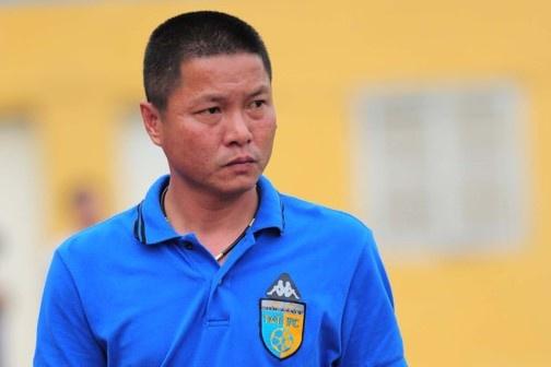 HLV Chu Dinh Nghiem: 'CLB Ha Noi khong duoc phep tu man' hinh anh