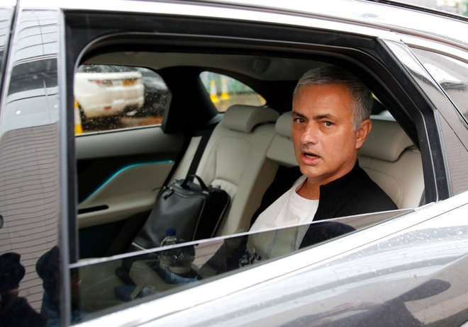 Jose Mourinho nhan cong viec moi tai nuoc Nga hinh anh 1