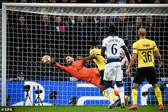 Tottenham vs Dortmund,  Son Heung-min,  Jadon Sancho,  HLV Pochettino anh 1