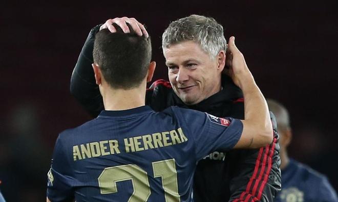 Herrera co the chia tay Man Utd de chuyen den PSG hinh anh 1