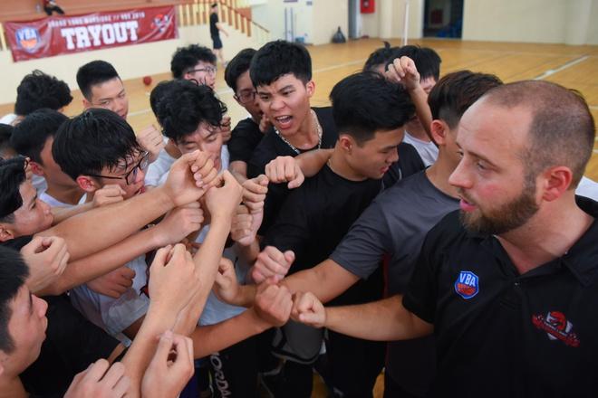 Thang Long Warriors don 120 thi sinh tham du tuyen quan cho VBA 2019 hinh anh 1