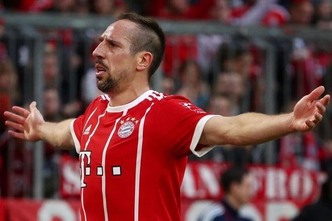 Nhung ban thang dep cua Ribery sau 12 mua giai khoac ao Bayern hinh anh