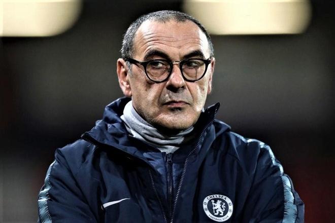 HLV Sarri tu ai, doa roi Chelsea truoc chung ket Europa League hinh anh