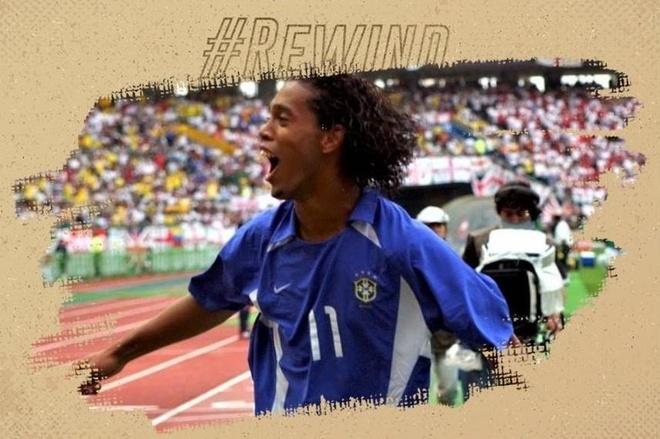 Cu sut phat cua Ronaldinho loai tuyen Anh khoi World Cup 2002 hinh anh