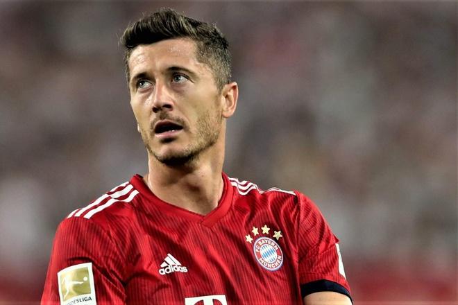 Lewandowski lap cu dup, Bayern van bi cam hoa o vong dau Bundesliga hinh anh