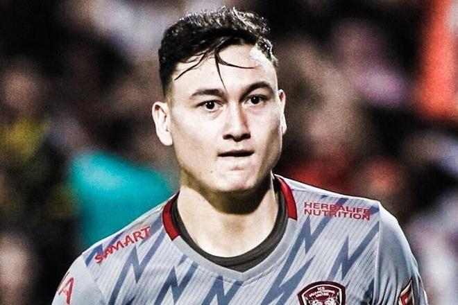 Van Lam mac sai lam khien Muangthong chia diem o Thai League hinh anh