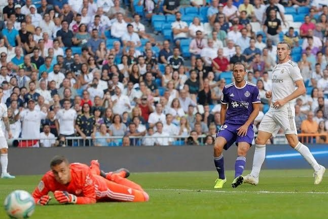 Real Madrid hoa Real Valladolid anh 1