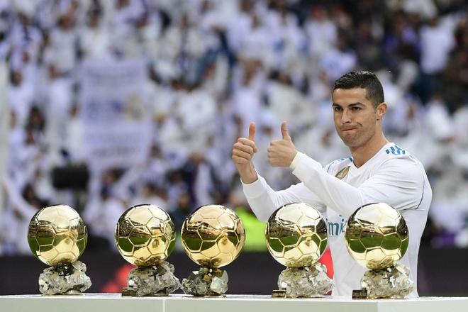 Ronaldo: 'Toi muon gianh nhieu Qua bong vang hon Messi' hinh anh 1