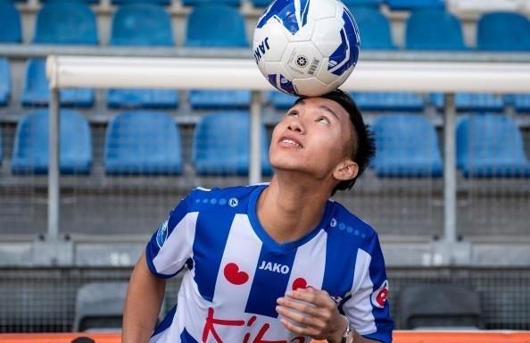 Van Hau chan dung pha tan cong cua tien dao Feyenoord hinh anh
