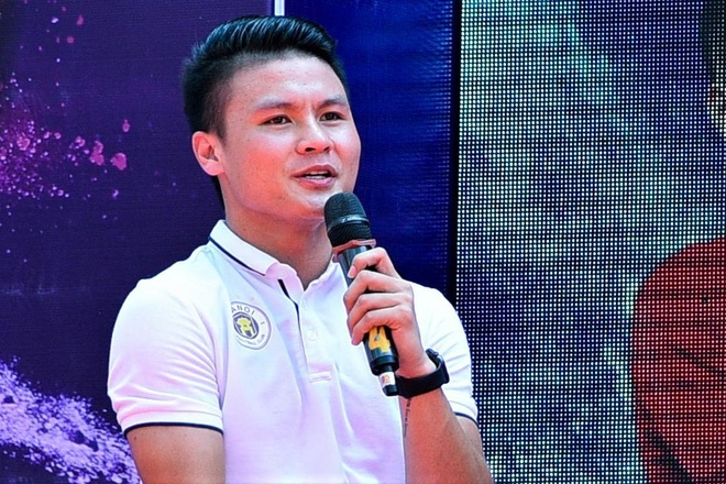 Quang Hai hat cung Trinh Thang Binh hinh anh