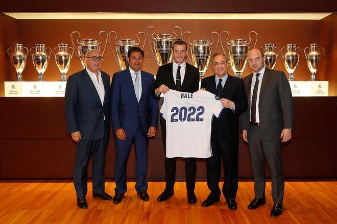 Người đại diện của Bale kiếm tiền tốt nhất thế giới