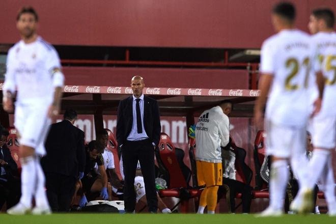 HLV Zidane: 'Toi muon o lai Real Madrid mai mai' hinh anh 1