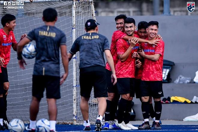 Tro ly Thai Lan: 'SEA Games 30 qua khac biet so voi hoi o Bacolod' hinh anh 1