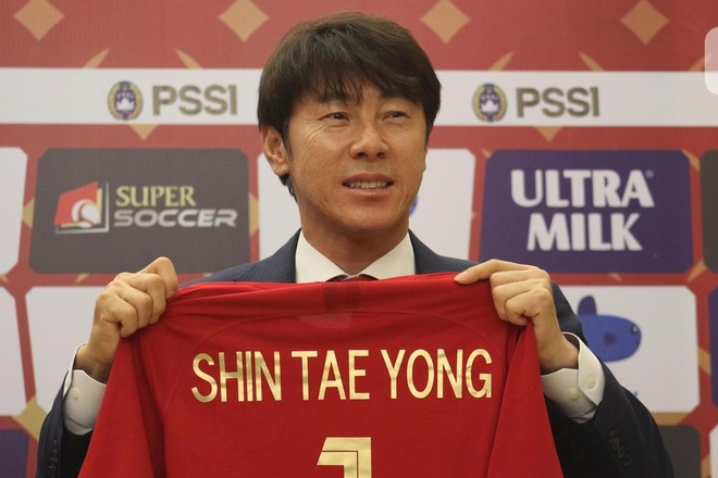 HLV Shin Tae-yong: 'Toi coi ong Park nhu mot nguoi thay' hinh anh 1 shin_tae_yong.jpg