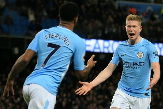 Man City bi cam du Champions League anh 1