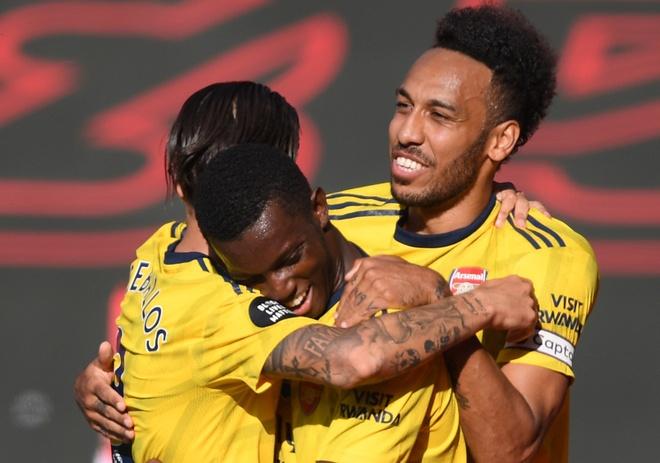 Arsenal vs Southampton anh 1