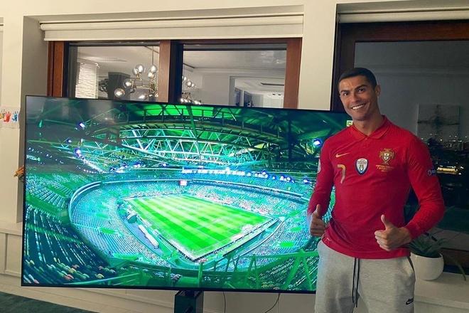 Ronaldo nhiem Covid-19 anh 1