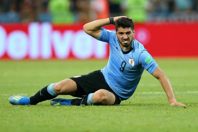 Suarez duong tinh Covid-19 anh 1