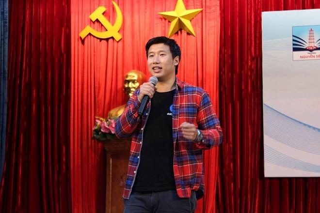 'Cha me Viet Nam dang lam hu con tre vi bao boc qua muc' hinh anh