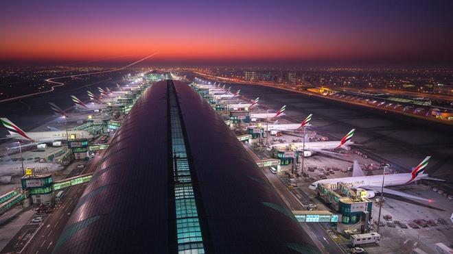 San bay Dubai dong cua vi thiet bi bay khong nguoi lai anh 1