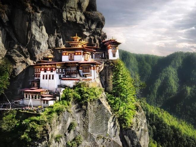 Bhutan dan dau top 10 quoc gia dang ghe tham nhat nam 2020 hinh anh