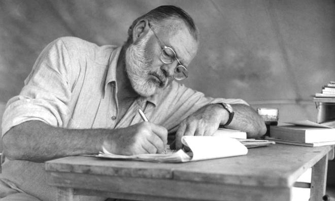 La thu tiet lo su gian du cua Hemingway khi tac pham bi kiem duyet hinh anh 1 4992.jpg