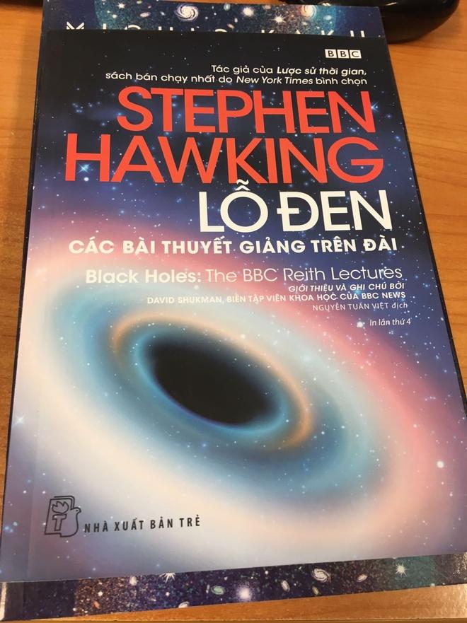 Stephen Hawking anh 4