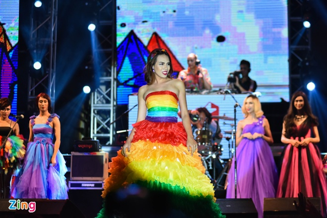 Sea Pride Music Festival: Dem nhac ung ho cong dong LGBT hinh anh 9