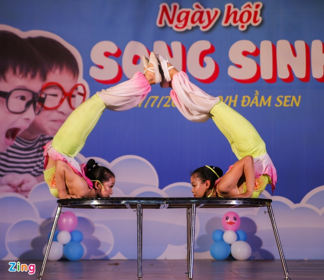 Song sinh anh 4