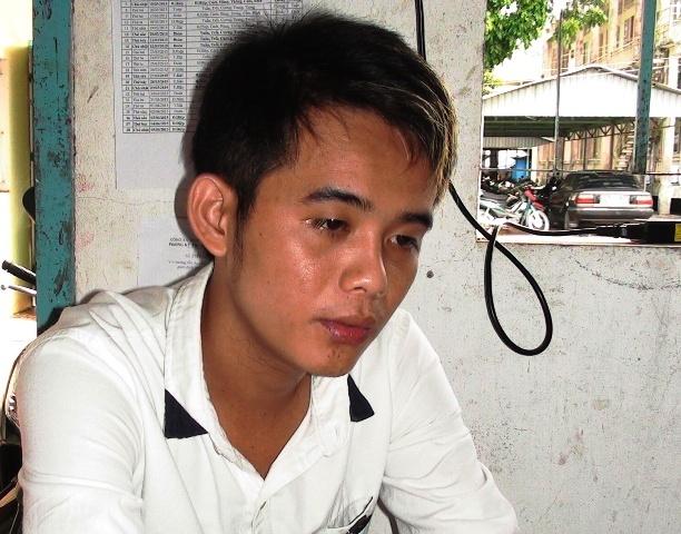 4 thanh nien o mien Tay cam ma tau chem cong an hinh anh 1 Huỳnh Hoài Hận, nghi phạm bị bắt khẩn cấp.
