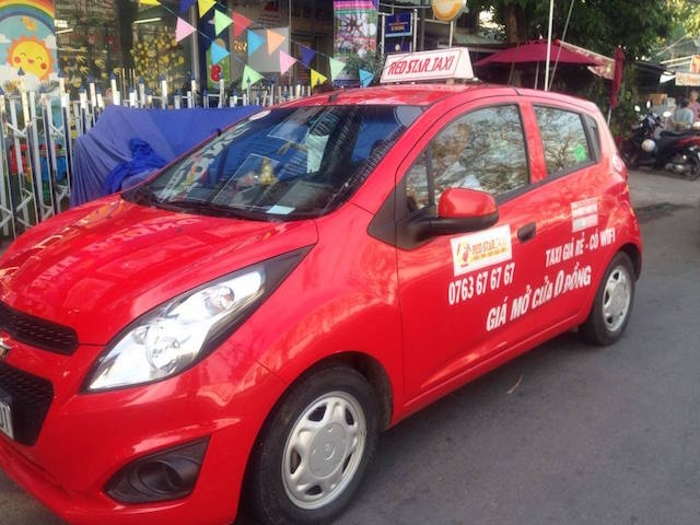 Canh sat truy duoi 120 km bat thanh nien ngao da cuop taxi hinh anh 2