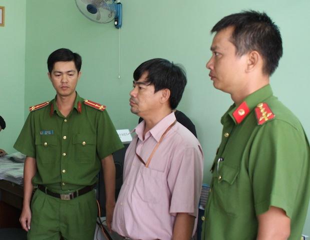 Bat Truong phong Thanh tra truong Cao dang Can Tho hinh anh 1
