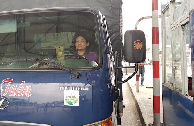 Tram BOT o Can Tho 'that thu' sau 15 phut tai xe phong toa lan thu phi hinh anh 3