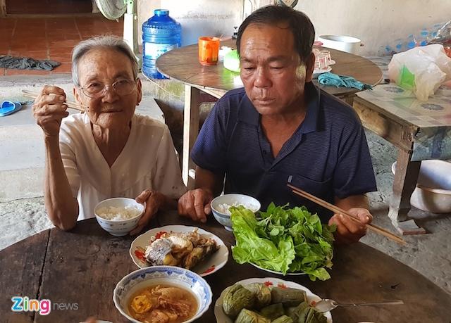'Liet si' Chong tro ve sau 33 nam: Cho y kien Cuc Nguoi co cong hinh anh 2