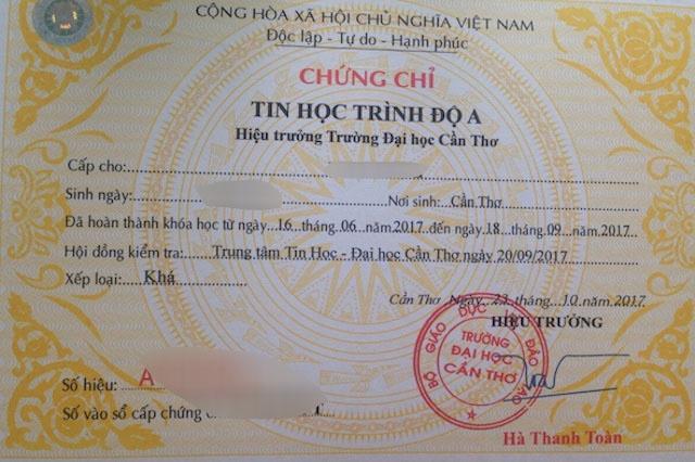 De nghi truy to nhom lam gia bang dai hoc, so do hinh anh 1