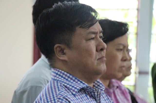 Dai gia thuy san Tong Thien Ma cung 3 can bo ngan hang linh an hinh anh
