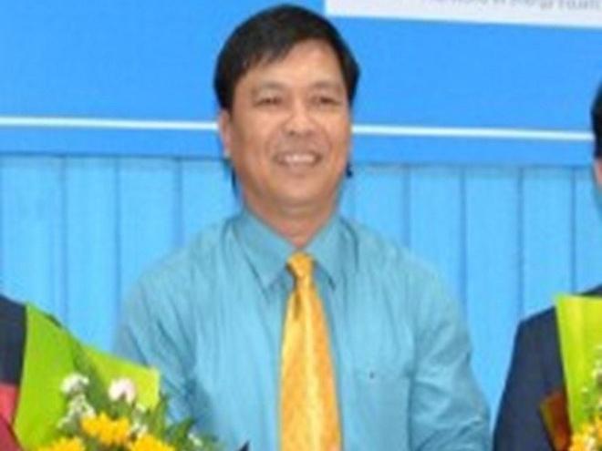 Sau khi bi ky luat, cuu Chu tich TP Tra Vinh duoc lam Giam doc So hinh anh