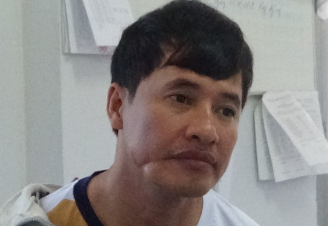 chem can bo thanh tra anh 2