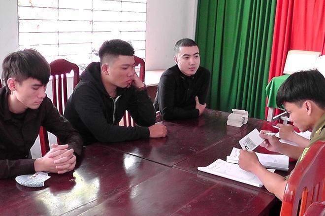 3 thanh nien Hai Phong vao mien Tay phat to roi cho vay tin dung den hinh anh 1 tin_dung_den_2.jpg