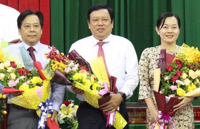 Ong Nguyen Van Liet giu chuc Pho chu tich UBND tinh Vinh Long anh 1